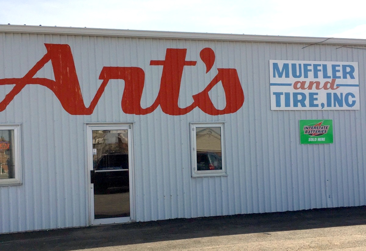 Art's Muffler and Tire Joins Chamber